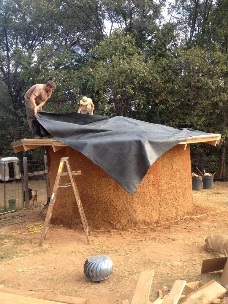 pondliner goin on cob pump house