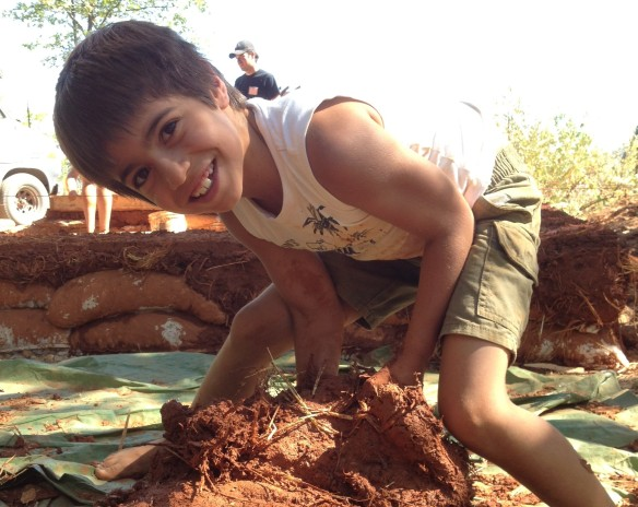 Muddy Buddy playing and building, Yes it can be both!